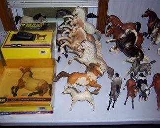 BREYER ANIMAL CREATIONS