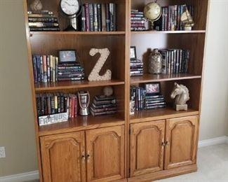 Bookcases, book and decor'