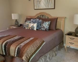 Thomasville bedroom suite includes 2 nightstands, headboard, dresser w/mirror and armoire (mattress set not included)