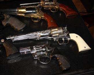 Replicas of guns