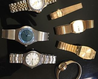 Very nice selection of men's watches
