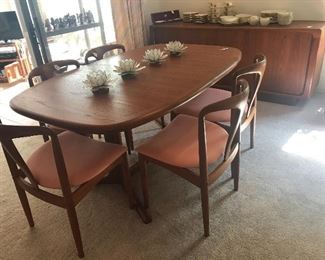 Teakwood dining table and 6 chairs