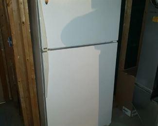 Amana fridge/freezer