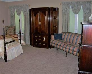 Mahogany armoire/cabinet