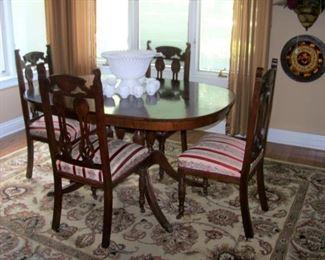 Mahogany breakfast table, chairs
