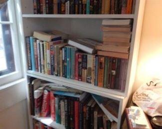 BOOKS!BOOKS!BOOKS!
