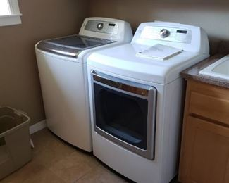 Kenmore Elite Washer and Kenmore Elite Dryer - PRESALE. Call if interested. $250. each. Clean and ready for new homes.