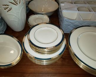 A fabulous Presidential Collection of Lenox Dishes. Wow!