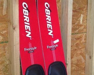 "Obrien ""Freestyle"" skis"