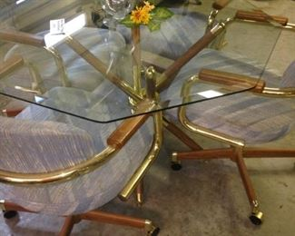Glass top octagon shaped table & 4 chairs