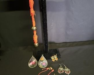 Costume Jewelry Necklace and Earrings