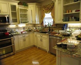 Gourmet Kitchen Full of Brand Name Appliances, Sets of Dishes... Pyrex, Corning, Paula Deen, Kitchen Aid, etc.