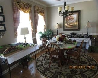 Kitchen Table/4 Chairs, Area Rugs, Lamps, Artwork,