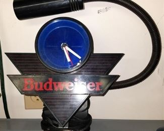 Bud clock light