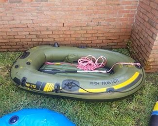 Fish Hunter inflatable raft, clean damage free with one oar. Item is available for pre-sale @ $75.00
