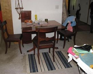 Duncan Phyfe style table and chairs