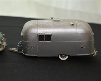 Brooklin Models Streamline Caravan Trailer