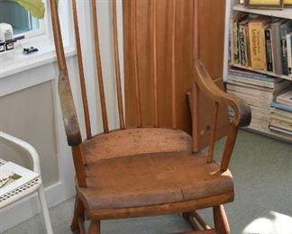 Antique Wood Rocking Chair / Rocker