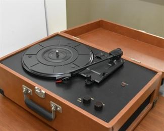 Crosley 3-Speed Portable Turntable