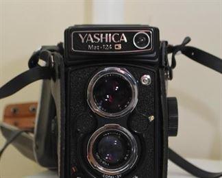 Yashica Mat-124 G Camera