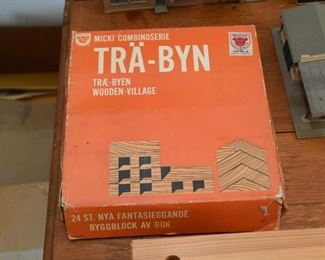 Tra-Byn Wooden Village Blocks
