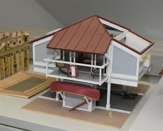 Beach House Models / Doll Houses / Dollhouses