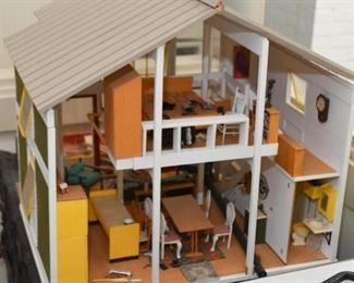 Modern Beach House Model / Miniature / Doll House / Dollhouse