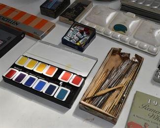 Art / Artist Supplies
