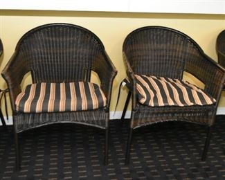 Set of 4 Wicker Style Chairs with Cushions