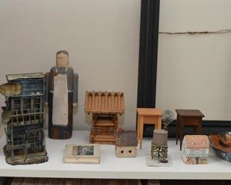 Miniature Houses & Buildings, Wooden Granny Doll / Shelf Sitter