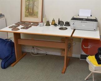Drop Leaf (Expandable) Work Table / Desk