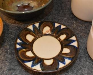 Vintage Pottery Dishes & Bowls