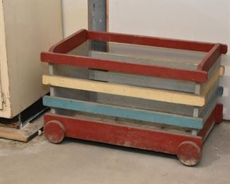 Wood Crate / Toy Box