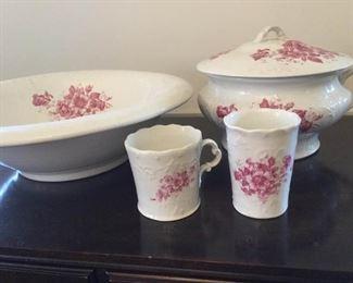 Vintage Princess Chamber Pot, Basin, and Mug https://ctbids.com/#!/description/share/228021