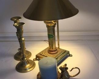 Vintage Brass Collection, Claw Foot Lamp and More https://ctbids.com/#!/description/share/228041
