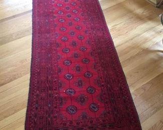 12' Red Runner rug https://ctbids.com/#!/description/share/231018