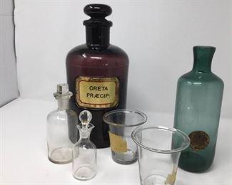 Apothecary bottles https://ctbids.com/#!/description/share/230655