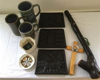 Irish Collectibles including Belleek https://ctbids.com/#!/description/share/230634