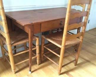 Vintage Wooden Kitchen Table with Chairs https://ctbids.com/#!/description/share/230633