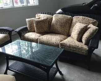 Beautiful wicker sofa and table Lane Venture
