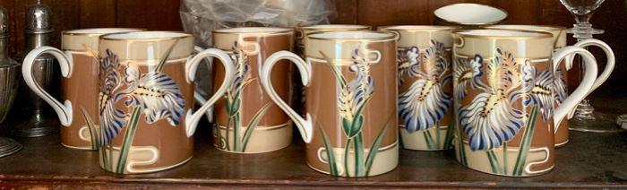 207. Fitz & Floyd Cloisonne Iris 8 Plates and 8 Mugs