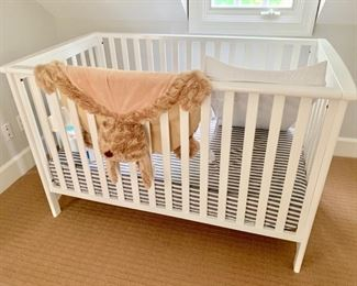 89. Child Craft White Crib