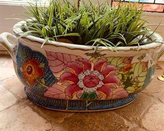 "109. Antique Chamber Pot/Planter (21"")"
