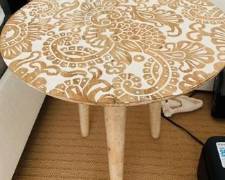 """118. Carved Top 3 Legged Accent Table (18"""" x 21"""")"""