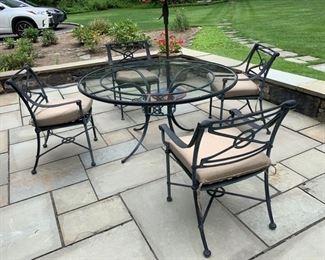 149. Brown Jordan Dining Set w/ 4 Chairs and Umbrella