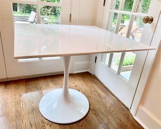 191. White Square Table on Pedestal Base