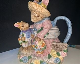 Fitz and Floyd bunny teapot