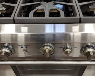 New Thermador stove (located in Ashburn)