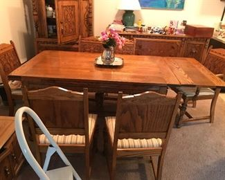Dining room table beautiful
