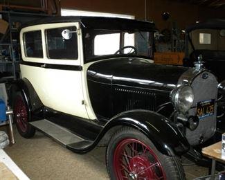 1929 FORD SEDAN W/HYDRAULIC BRAKES PRICE: $17,000
